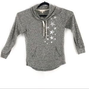 SOFT GRAY TOP WITH STARS BY ULTRA FLIRT JR SIZE